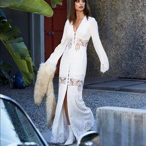 NWT Stone Cold Fox Gene Gown sz. 1 white